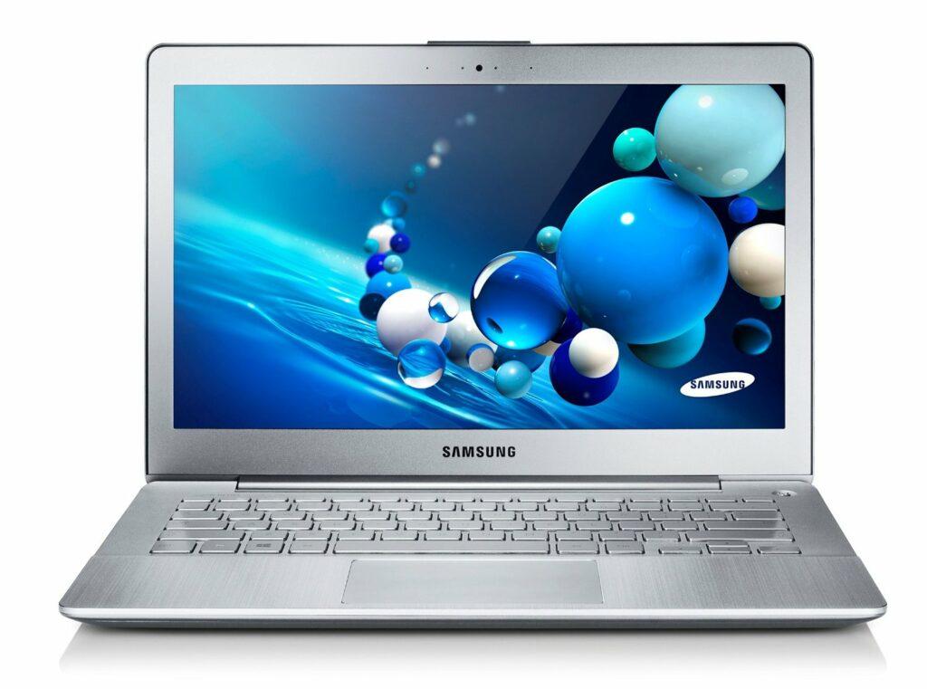 Samsung NP730U3E-S03DE_