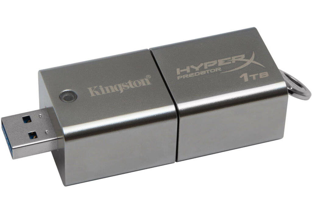 kingston_datatraveler_hyperx_predator