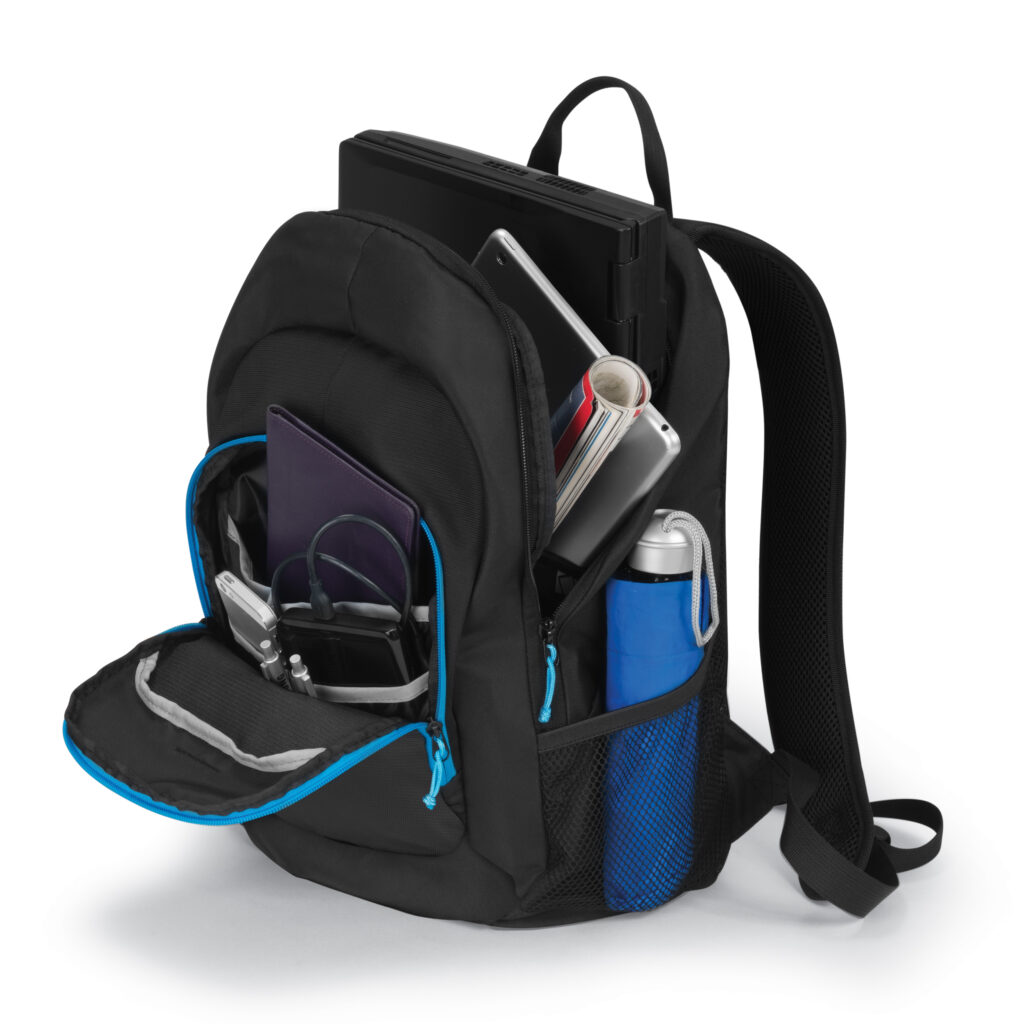 d31120_backpack-power-kit-value_black_perspective-with-props