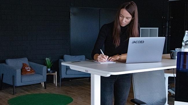 Yaasa Desk Pro II